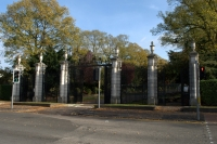 (Gates and Gatepiers North West of War Memorial Onto University Road)
